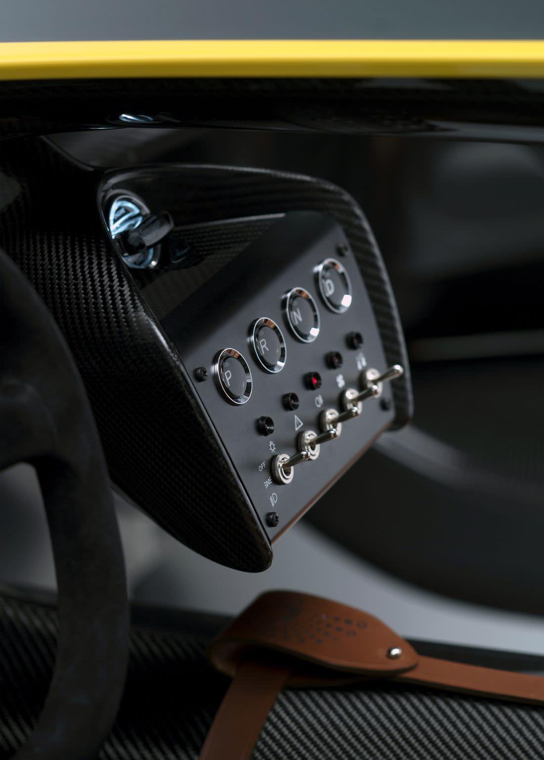 aston-matin-cc100-speedster (1)