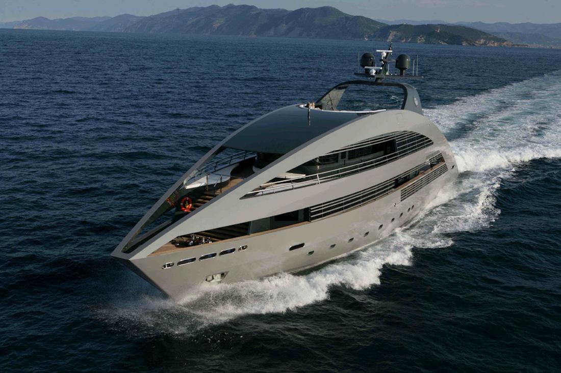 ocean emerald superyacht luxe