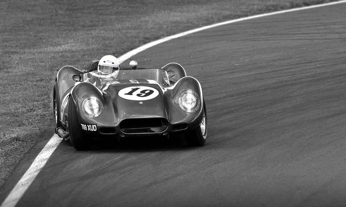 lister-car-knobbly-1