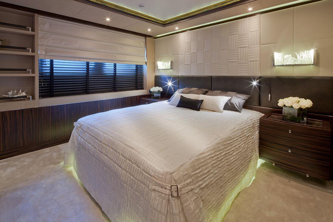 bella-anna-yacht-11