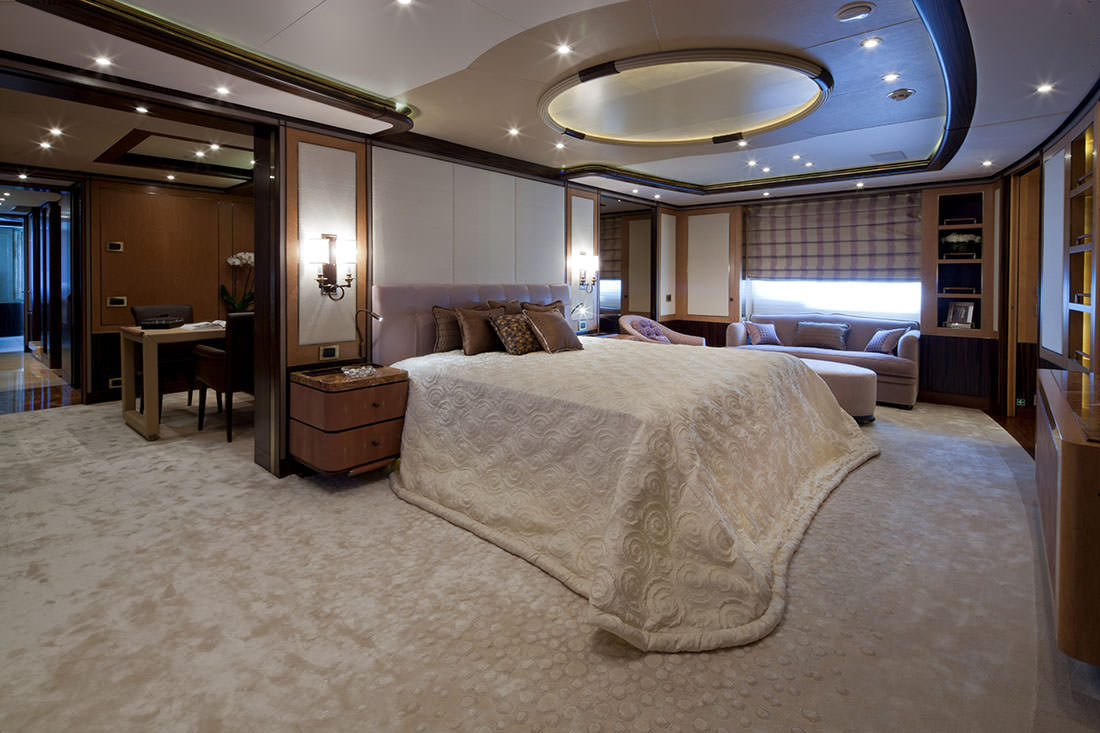 bella-anna-yacht-19