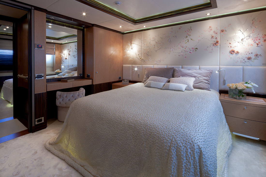 bella-anna-yacht-9