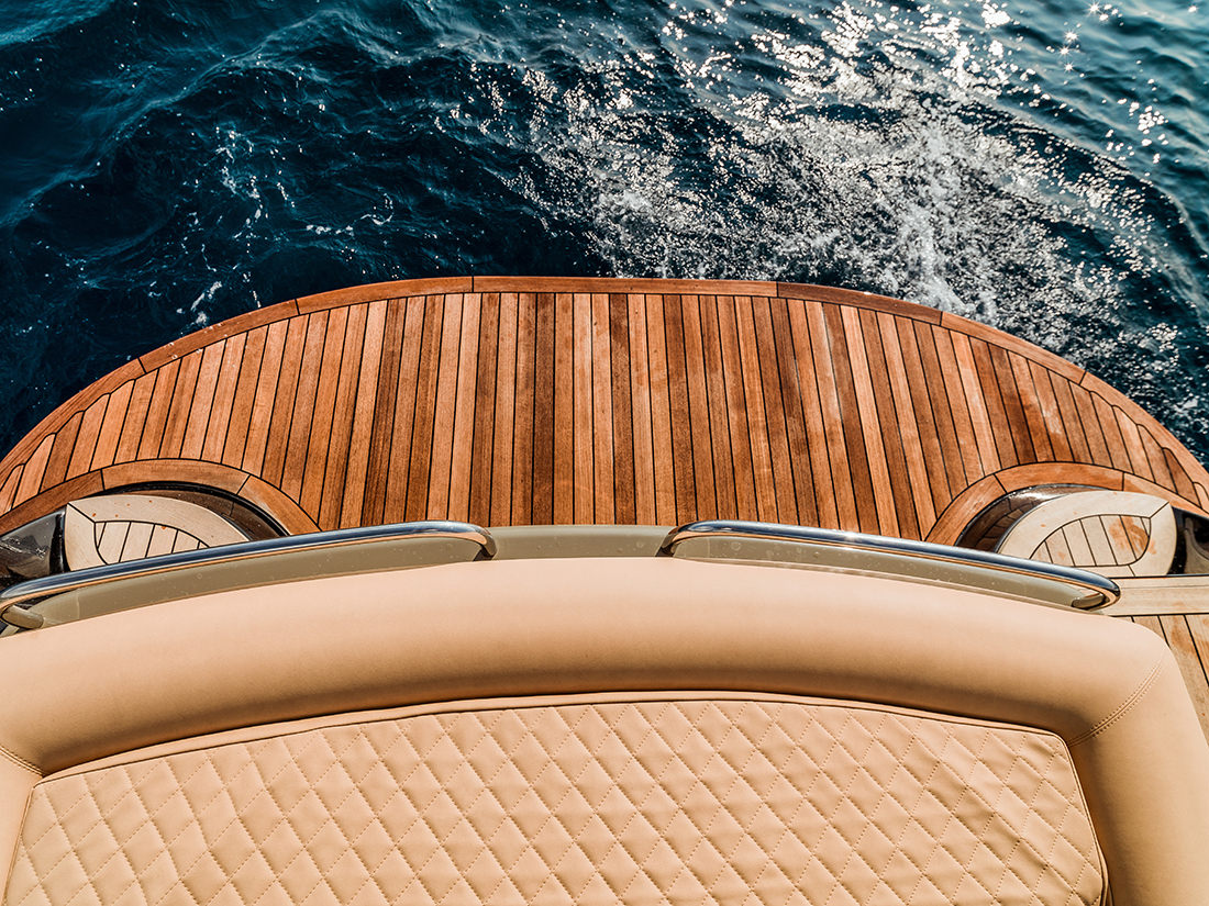 yacht-XRS43-6