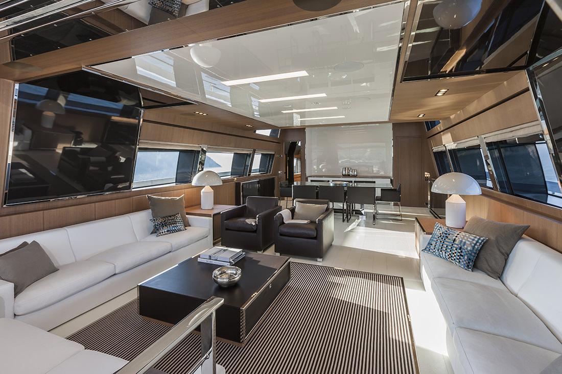 riva-yacht-mythos-18