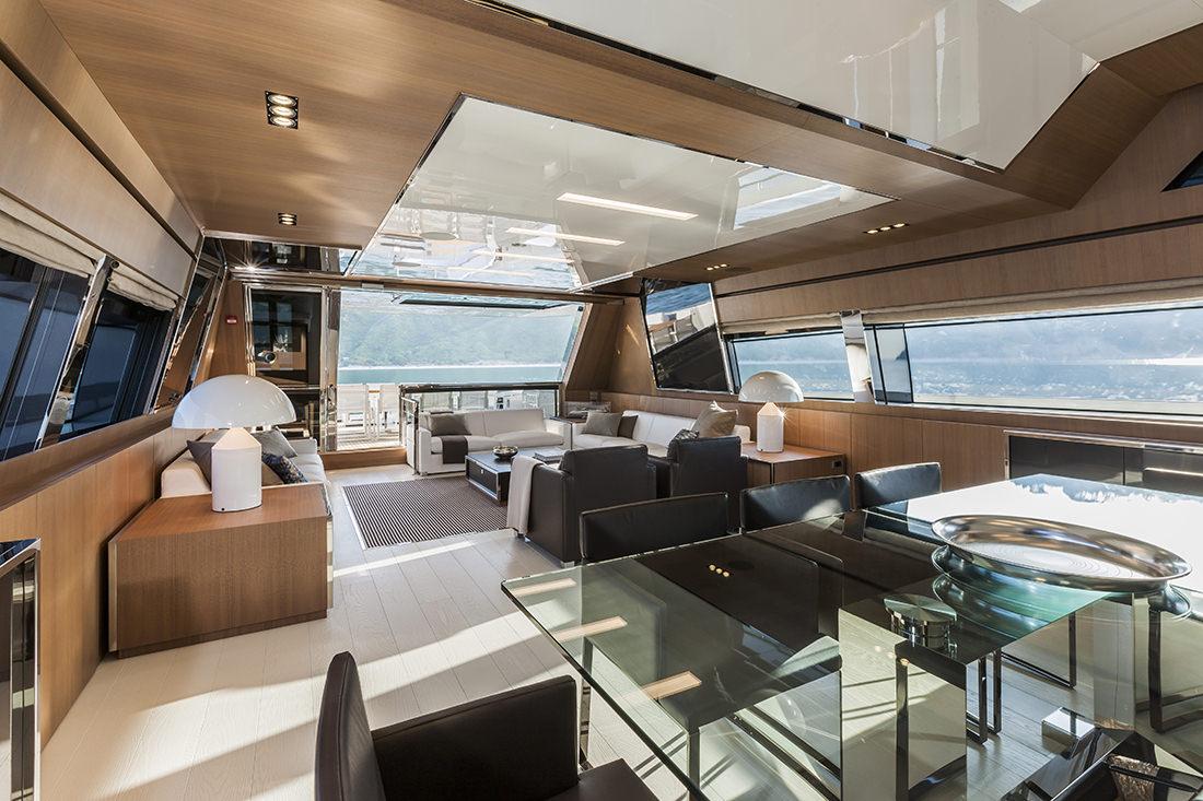 riva-yacht-mythos-19