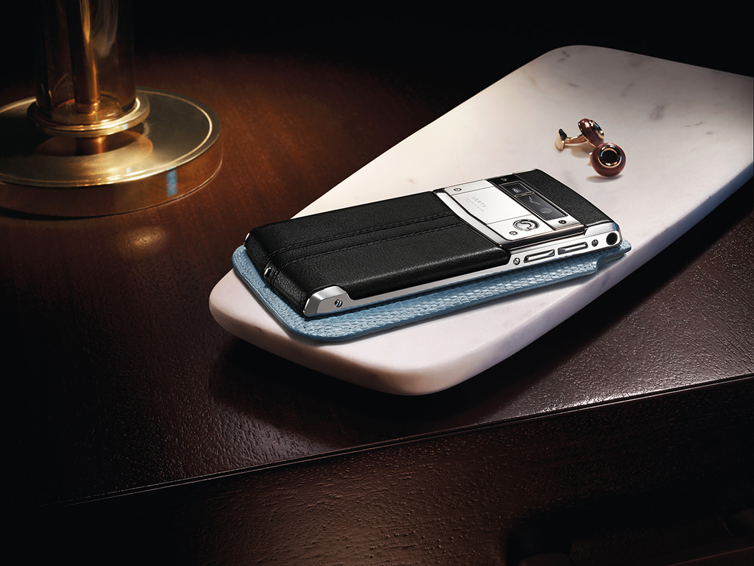 vertu-signature-touch-3