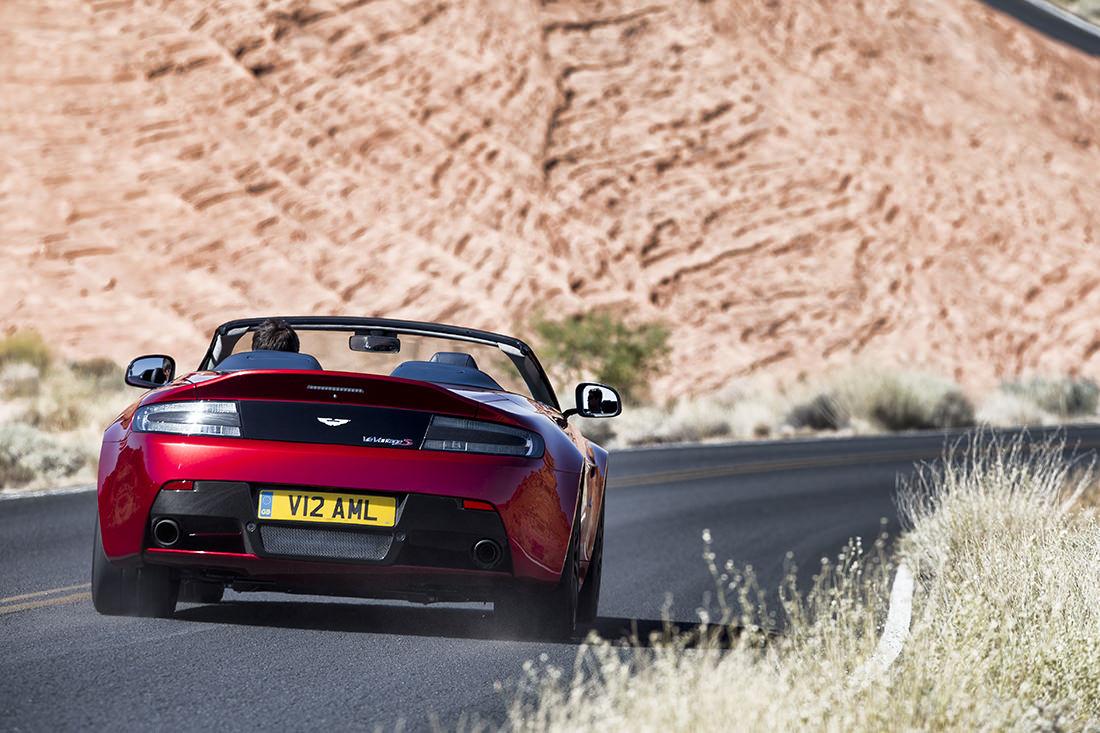 v12-vantage-s-roadster-8