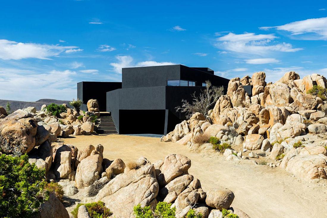 black-desert-house-2