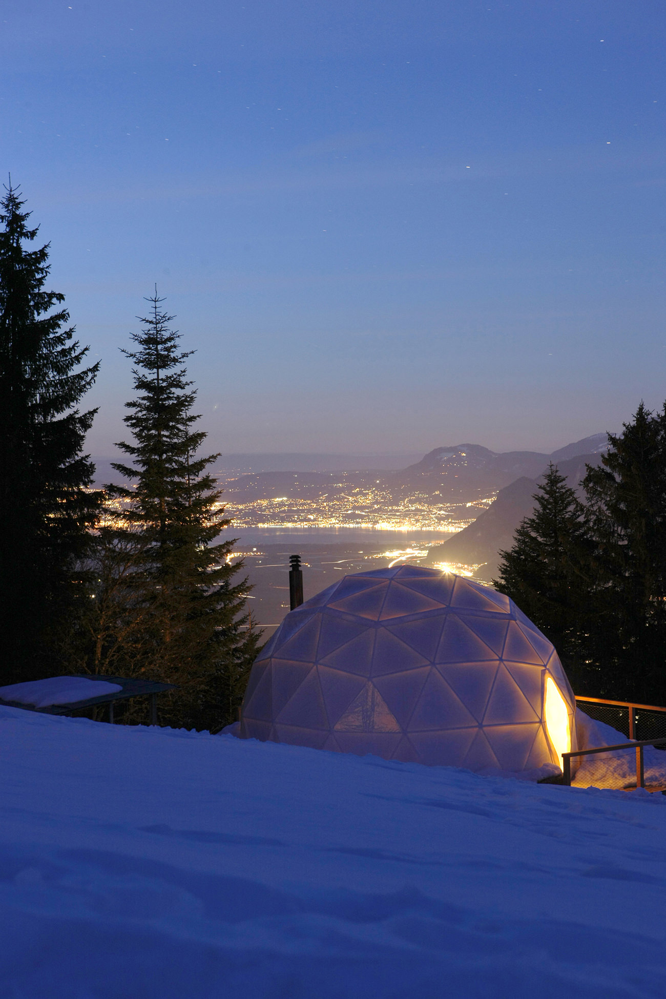 WhitePod-Switzerland-2