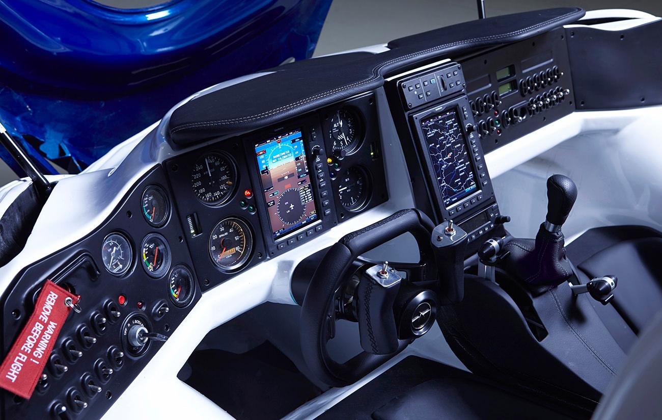 AeroMobil-3-airplane-10