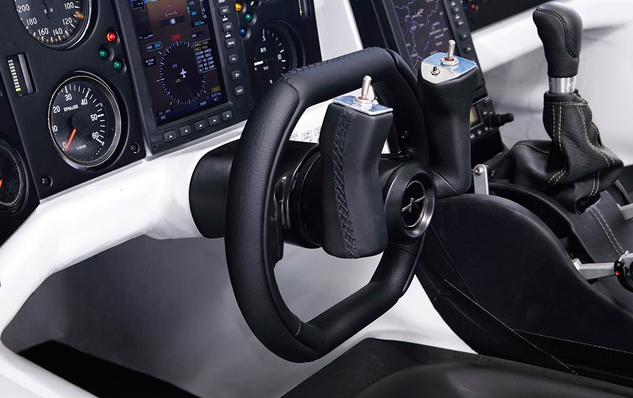 AeroMobil-3-airplane-11