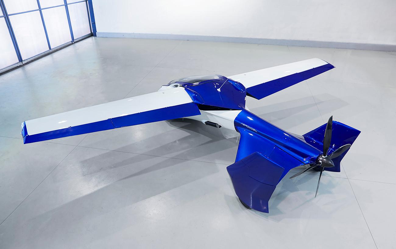 AeroMobil-3-airplane-15