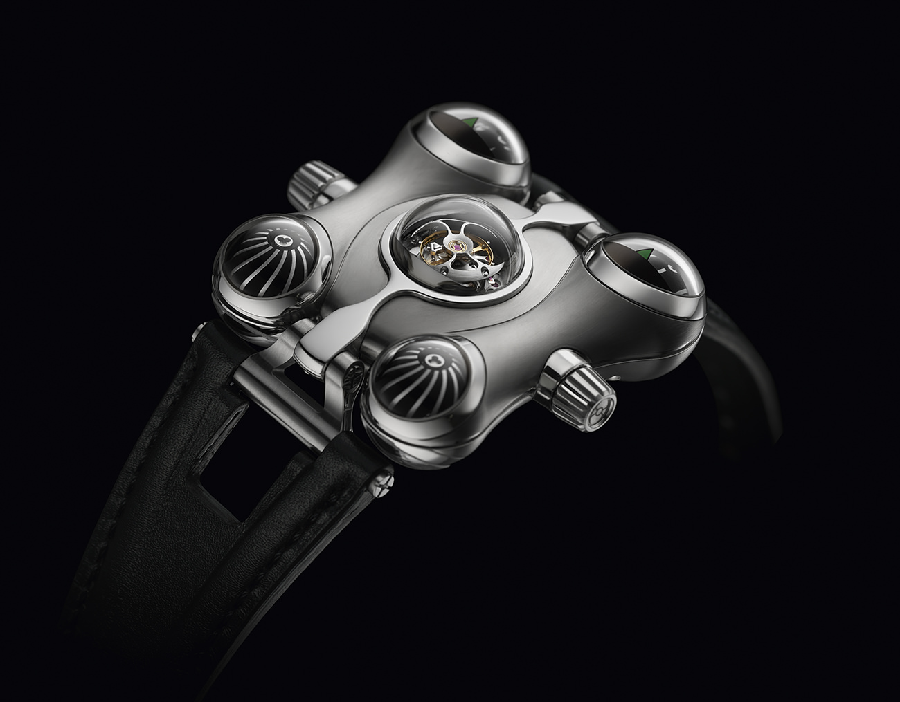 HM6-MB&F-7
