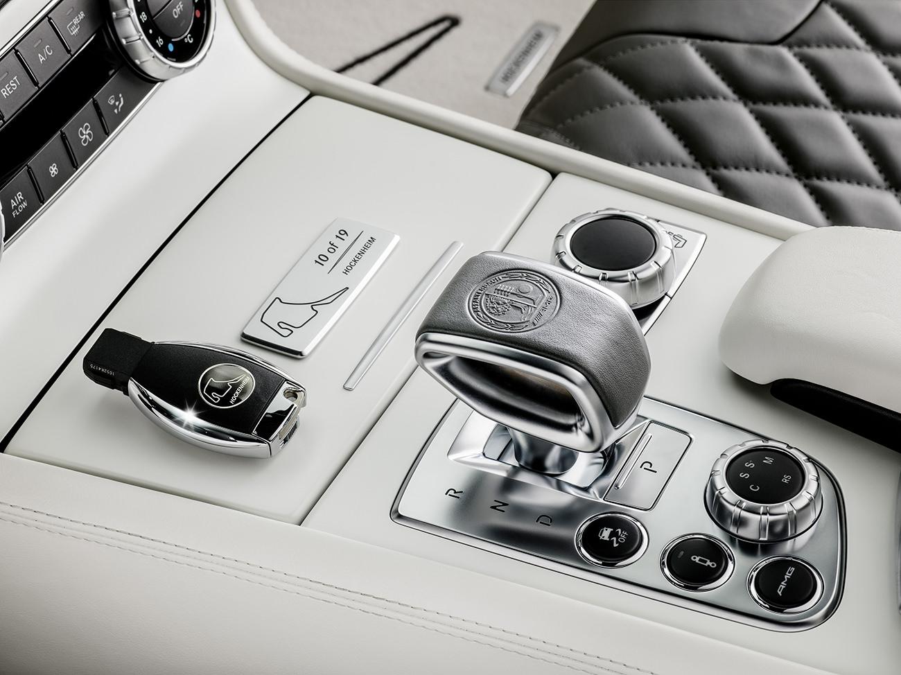 Mercedes-Benz-World-Championship-2014-Collector-Edition-6