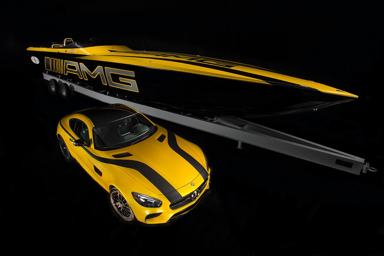 Cigarette-Racing-50-Marauder-GT-S-2