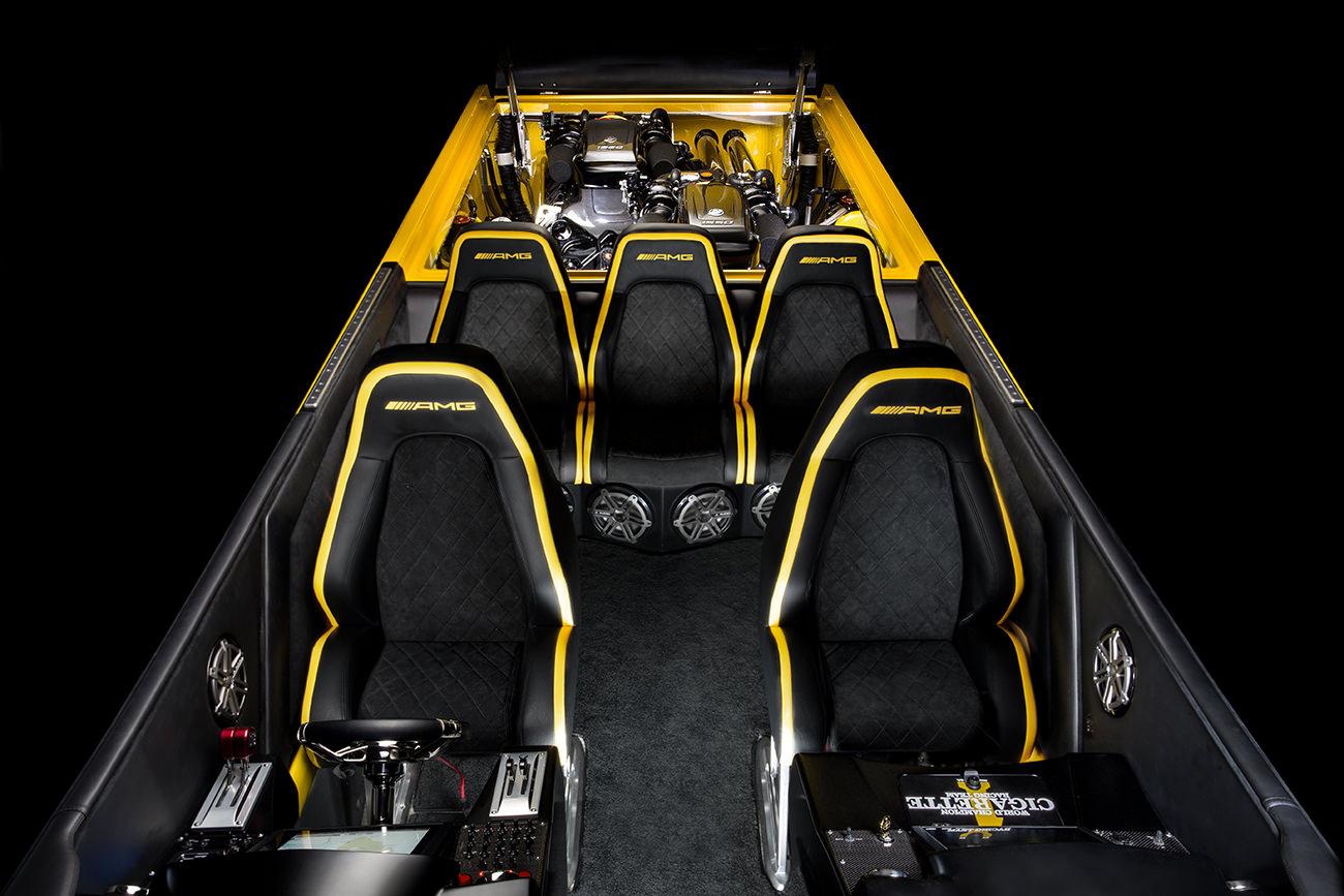 Cigarette-Racing-50-Marauder-GT-S-6