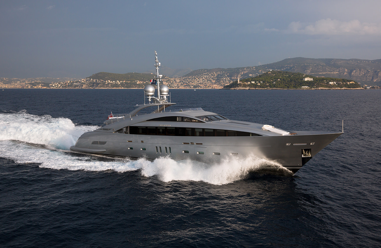 ISA-Yachts-Silver-Wind-1
