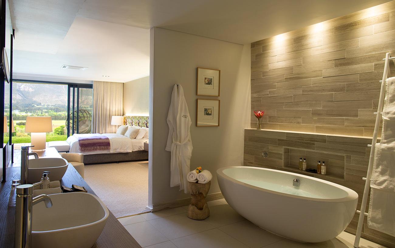 Mont-Rochelle-Hotel-Vineyard-9