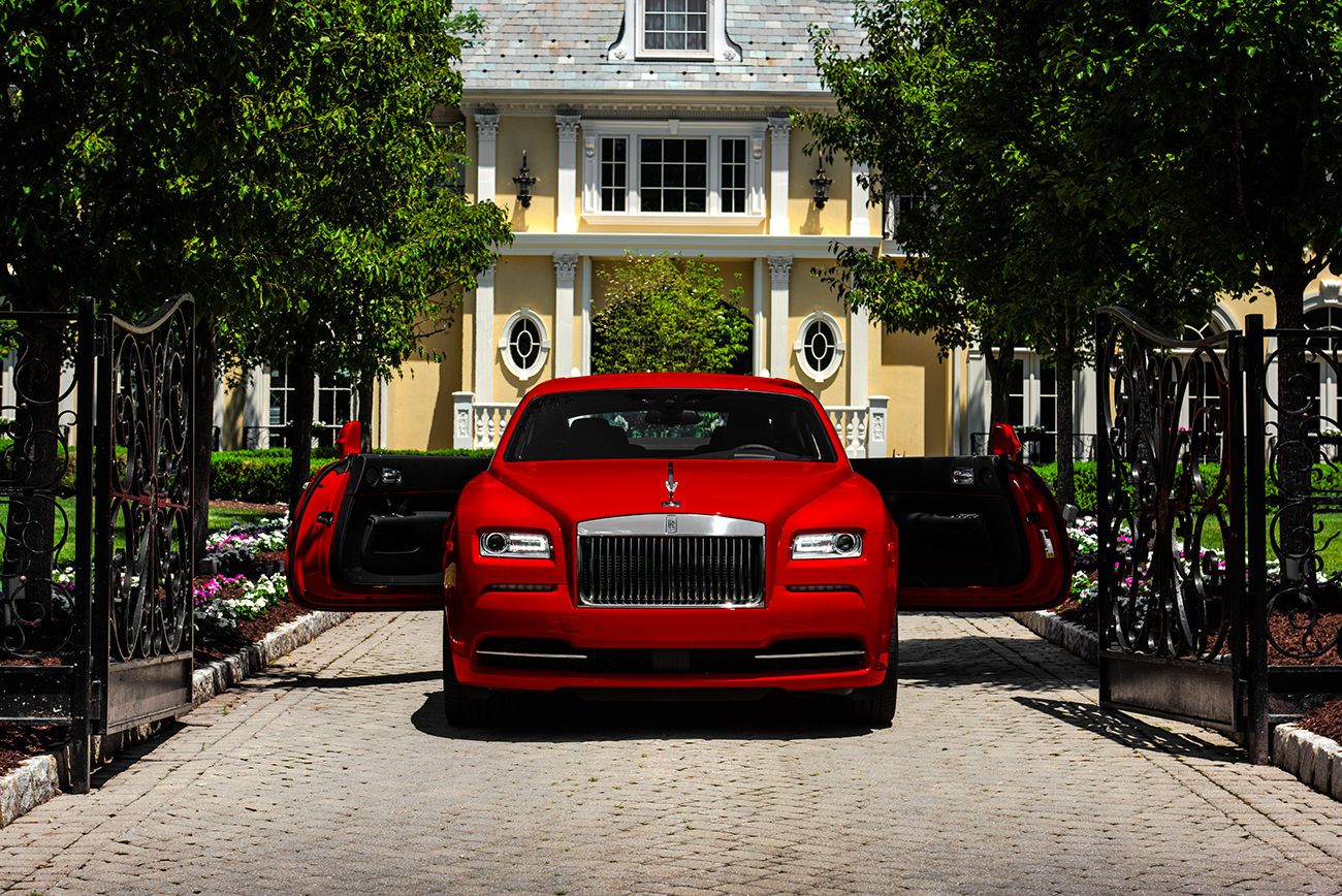 Rolls-Royce-Wraith-St-James-Red-1