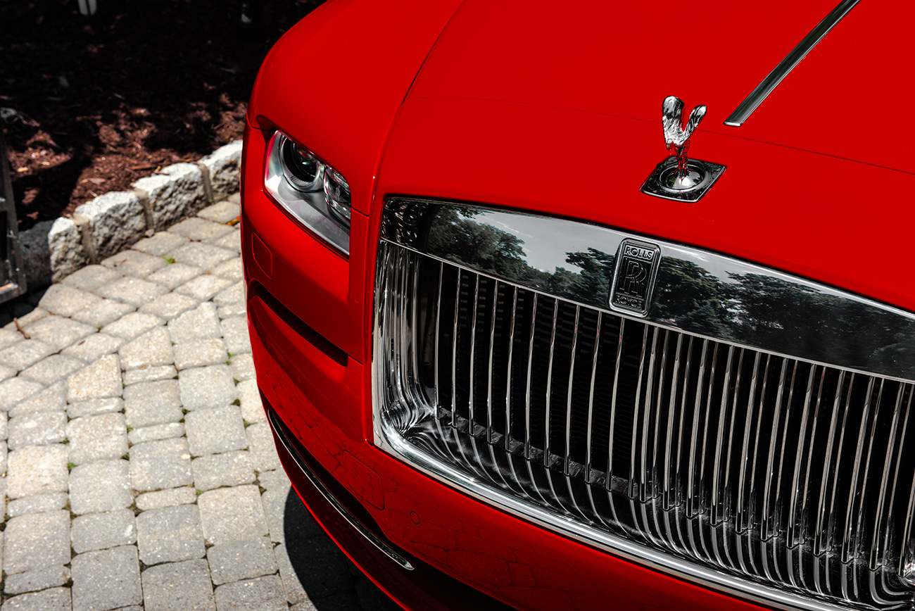 Rolls-Royce-Wraith-St-James-Red-2