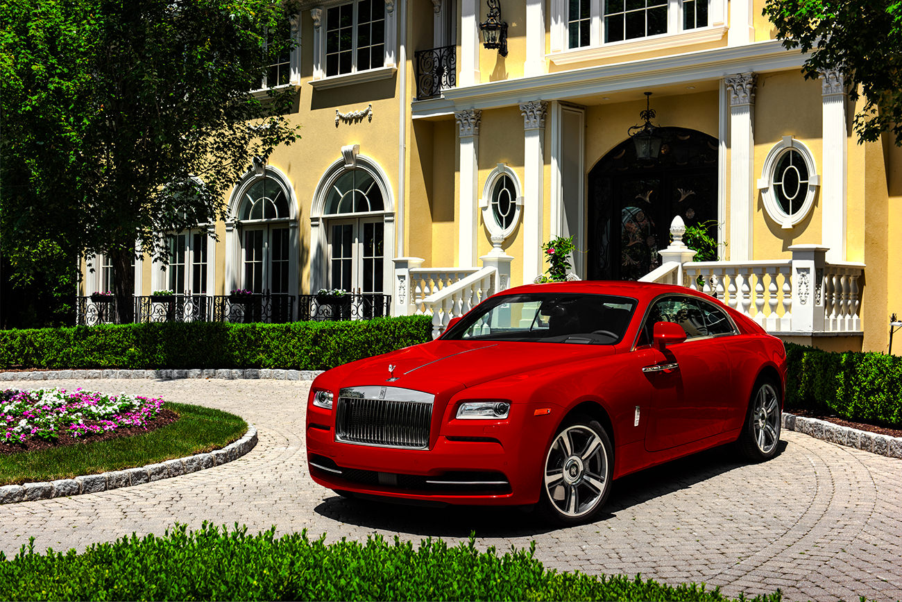 Rolls-Royce-Wraith-St-James-Red-4