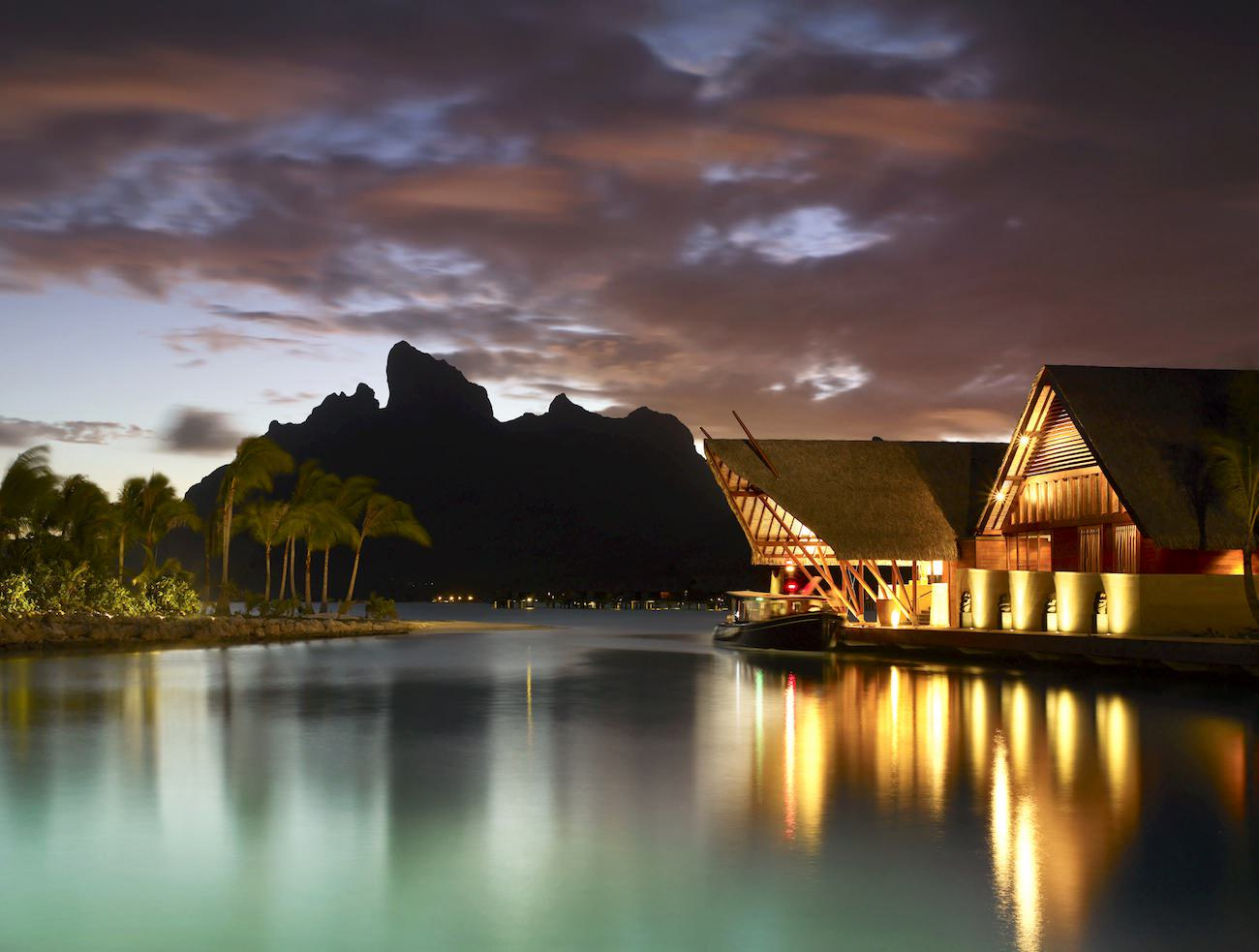 Four-Season-Bora-Bora-3