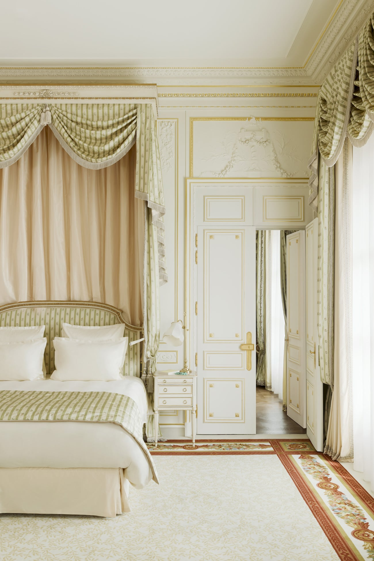 Ritz-Paris-2