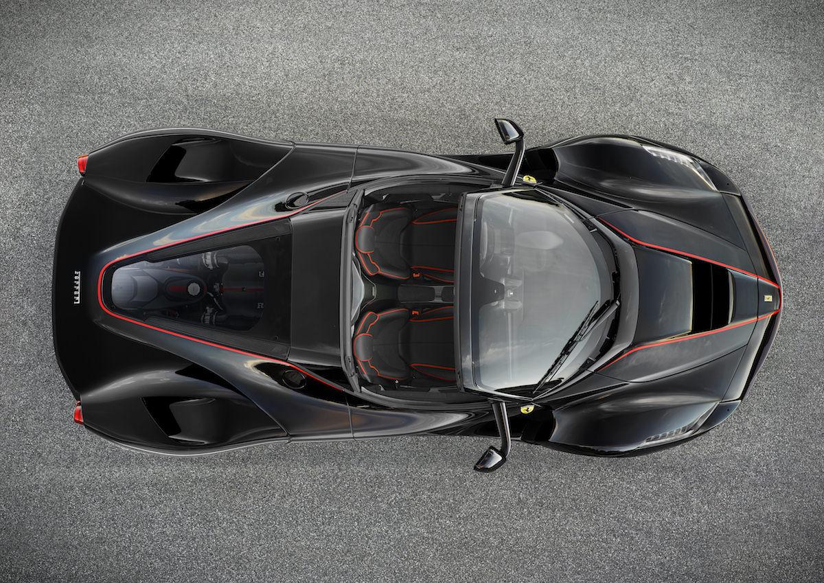 Ferrari-LaFerrari-Spider-2