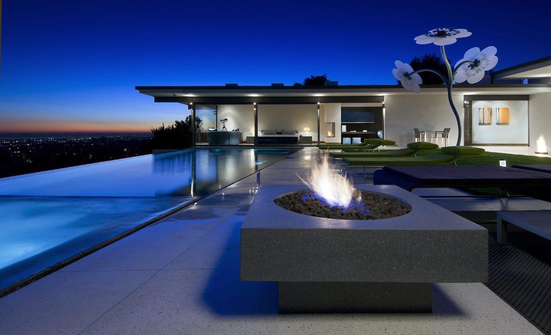 luxe villa Hopen place