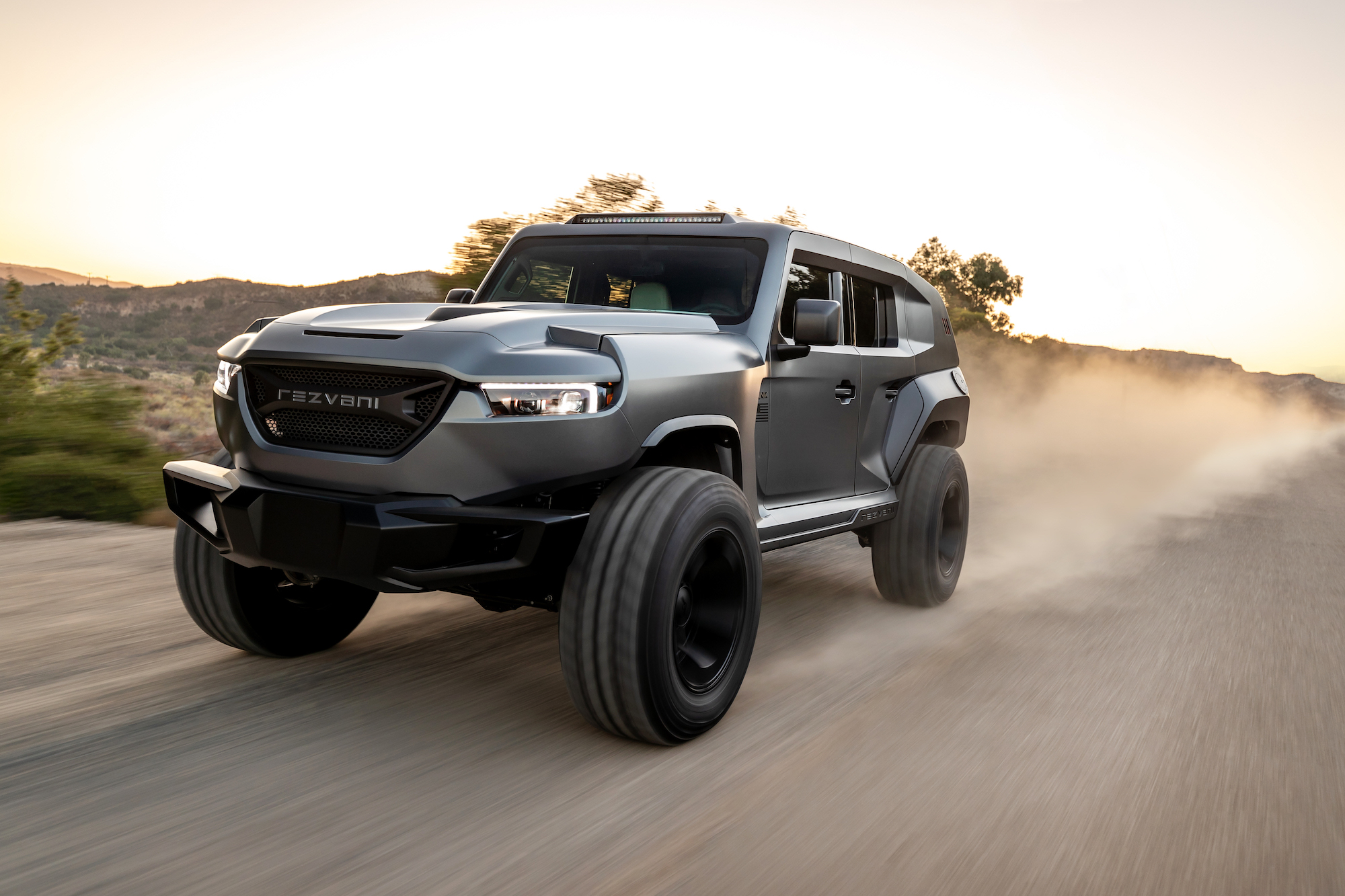 Discover The Tank 2020 From Rezvani The Armored Suv With 1000 Hp The Milliardaire