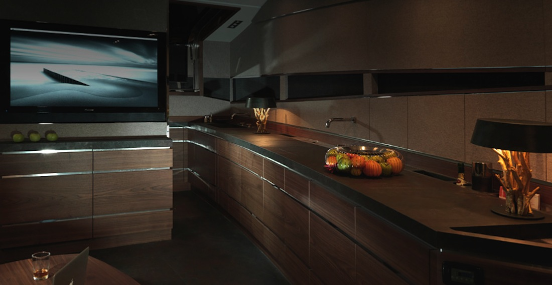 Hedonist-art-of-kinetik-yacht-luxe-17