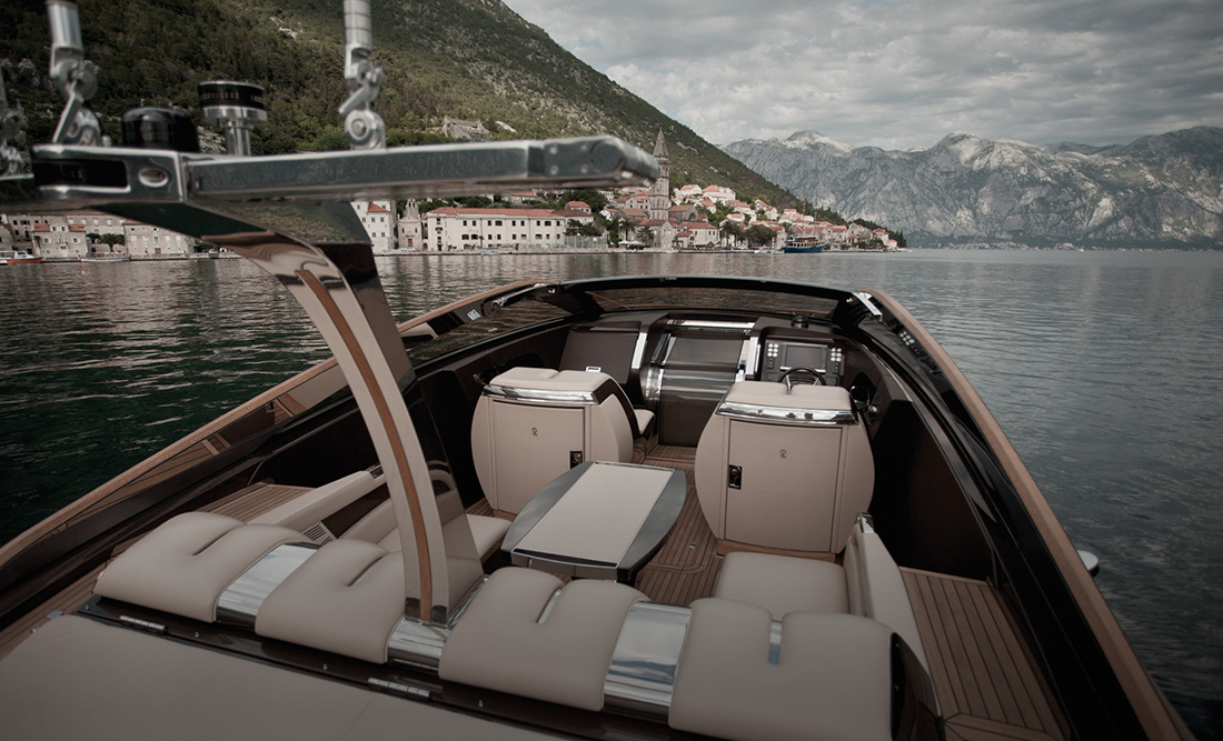 Antagonist-luxury-yacht-art-of-kinetik-3