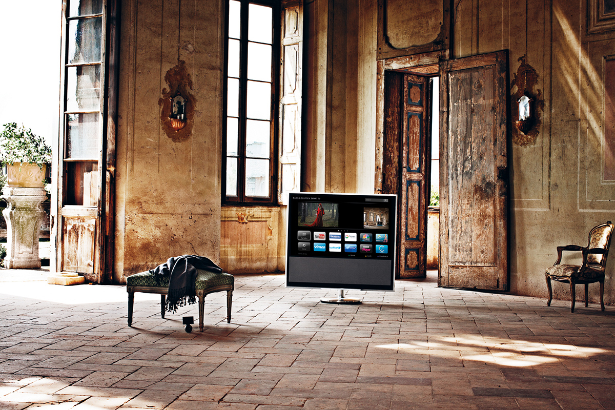 bang-and-olufsen-the-milliardaire-beovision-11-2