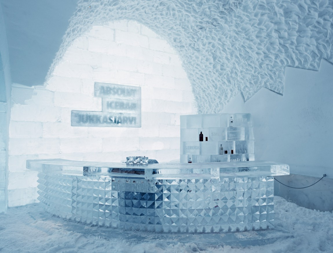icehotel l h tel de glace de jukkasj rvi. Black Bedroom Furniture Sets. Home Design Ideas