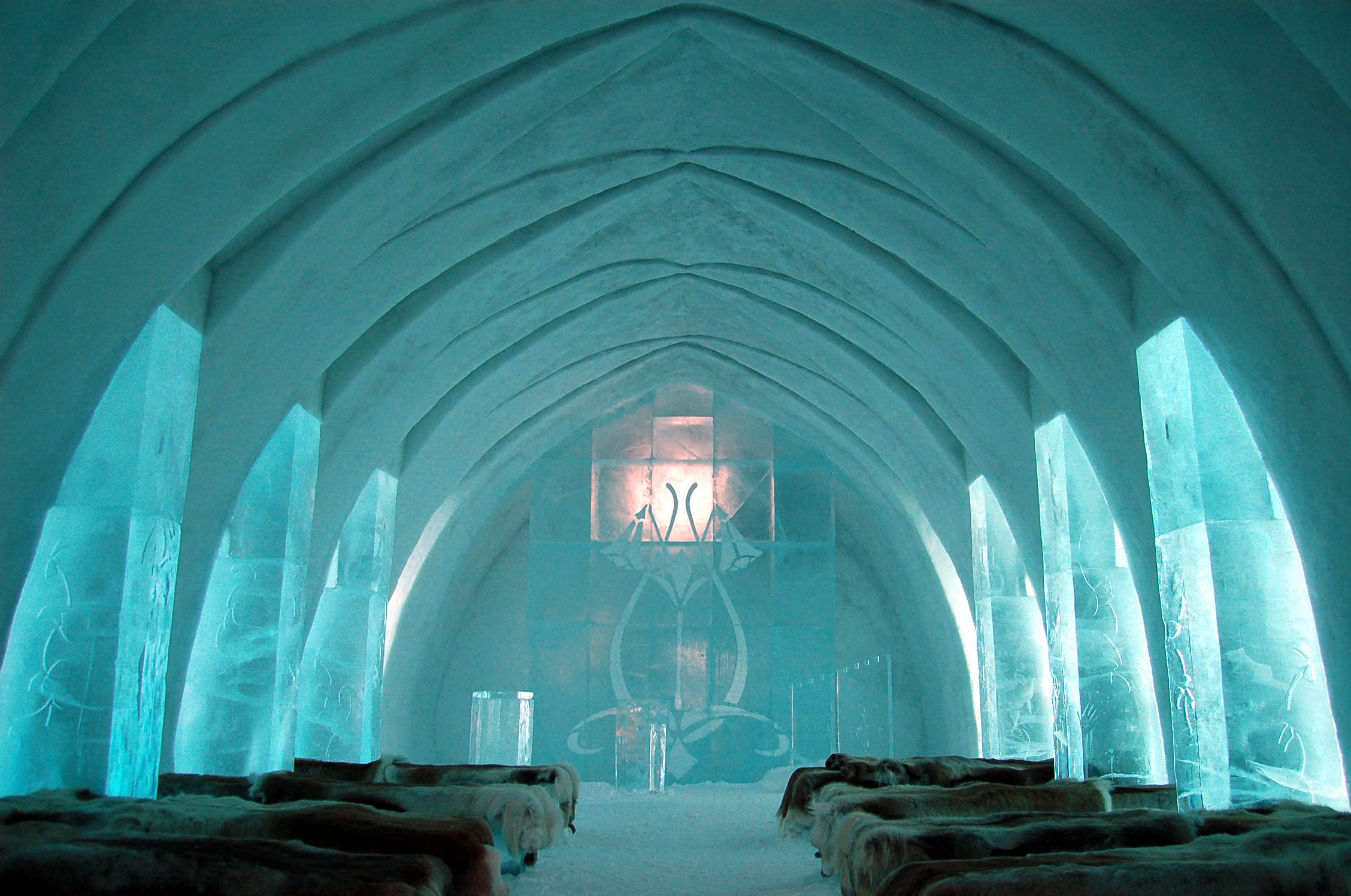 ice-hotel-Jukkasjarvi-suede-laponie-sweden-2
