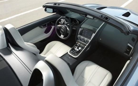 la jaguar f type la nouvelle voiture de sport deux places. Black Bedroom Furniture Sets. Home Design Ideas