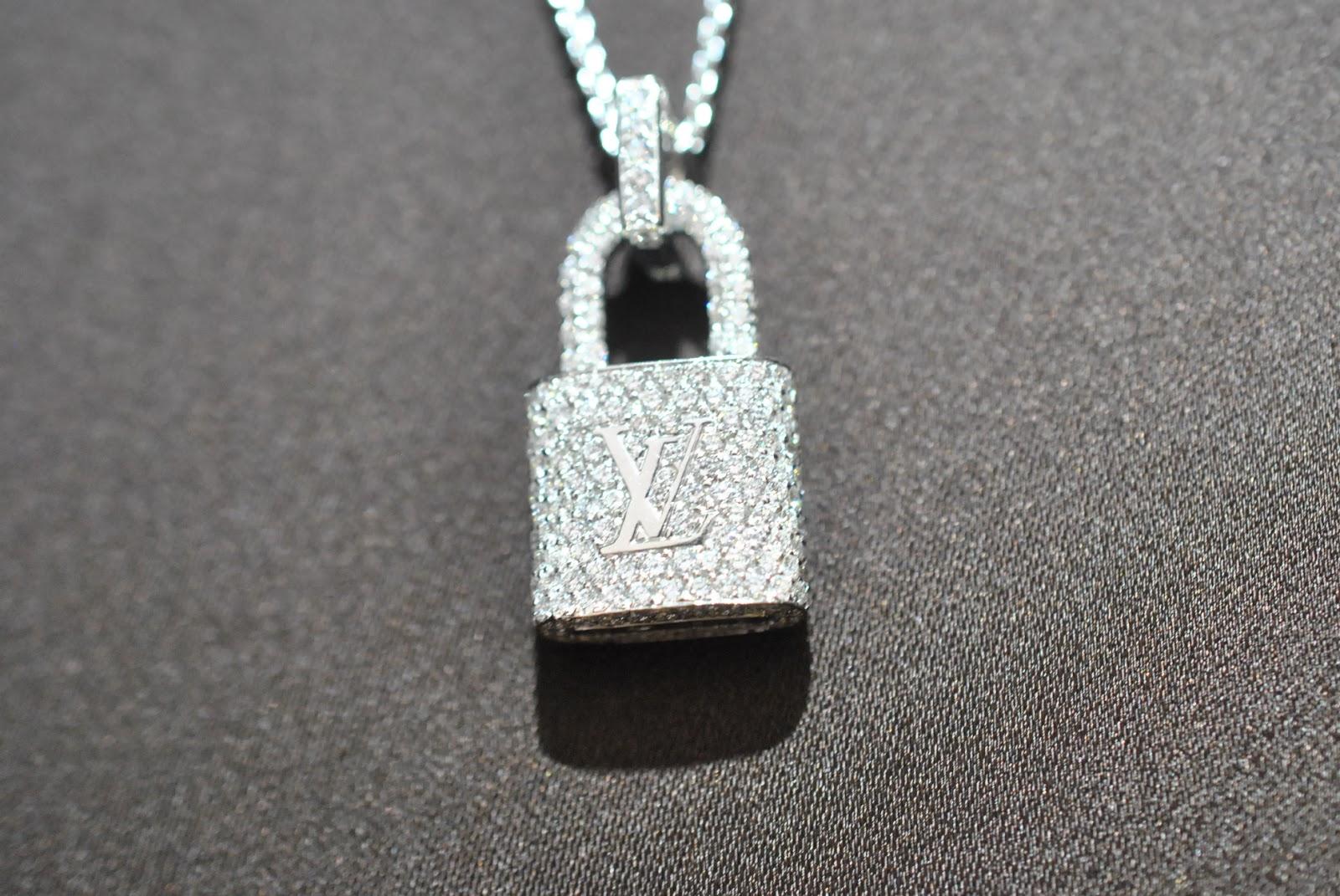 louis-vuitton-lock-it-bracelet-4