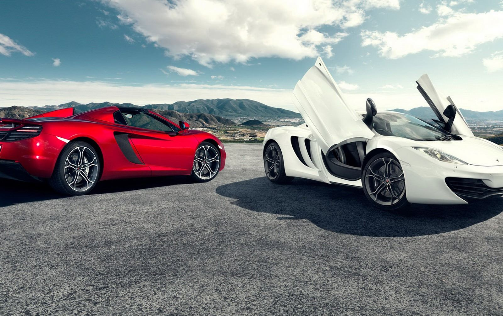 McLaren-MP4-12C-Spider-coupe-2