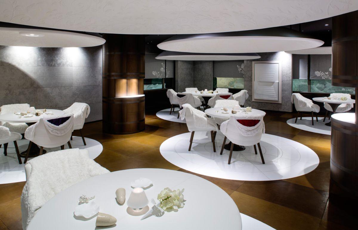 1947 le restaurant gastronomique de l h tel cheval blanc courchevel. Black Bedroom Furniture Sets. Home Design Ideas