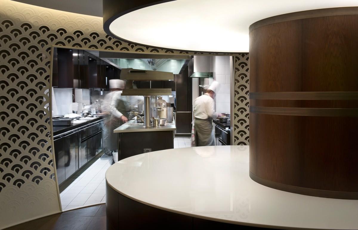 1947 le restaurant gastronomique de l h tel cheval blanc. Black Bedroom Furniture Sets. Home Design Ideas