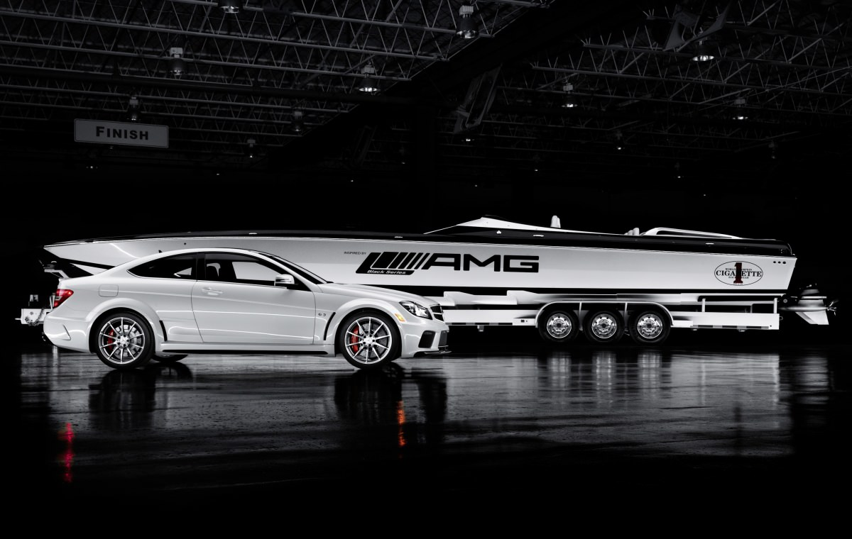 Mercedes-Benz Cigarette Boat 50 AMG & C 63 AMG Black Series 2013