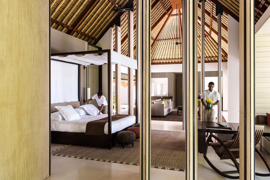 cheval-blanc-randheli-palace-maldives-14