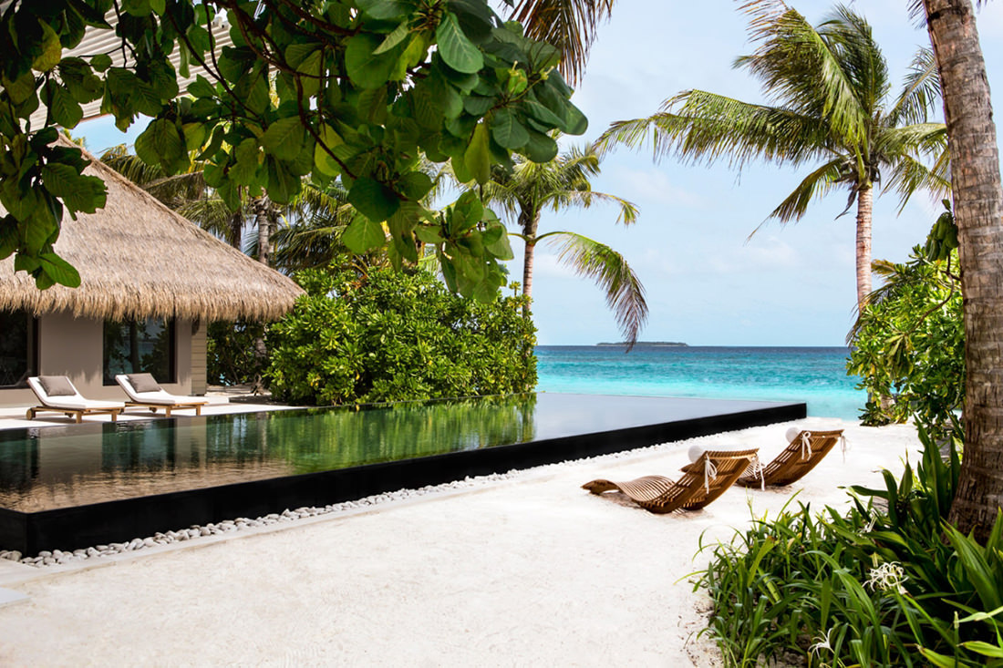 cheval-blanc-randheli-palace-maldives-17