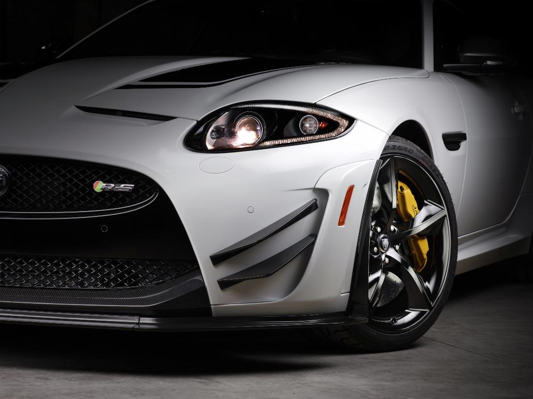 Jaguar-XKR-S-GT (1)