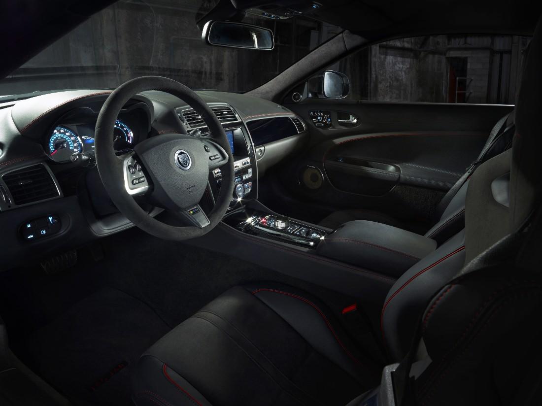 Jaguar-XKR-S-GT (10)