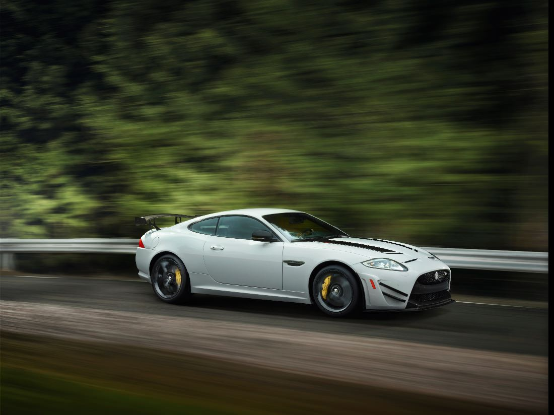Jaguar-XKR-S-GT (8)