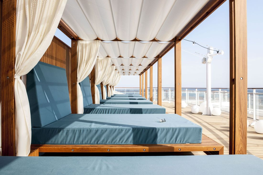 MS Europa 2: Daybed.