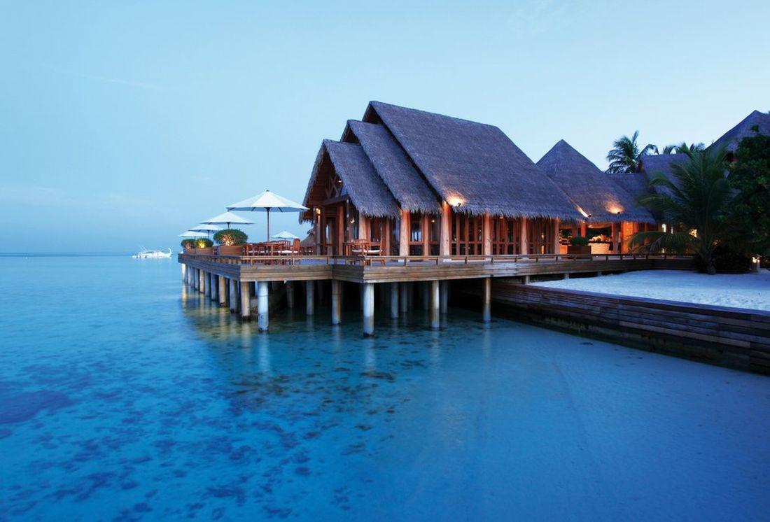 baros une le priv e aux maldives pour des vacances inoubliables. Black Bedroom Furniture Sets. Home Design Ideas