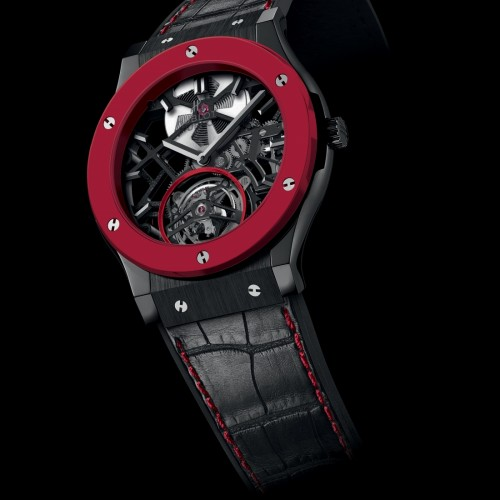 Hublot crée la Red'n'Black Skeleton Tourbillon