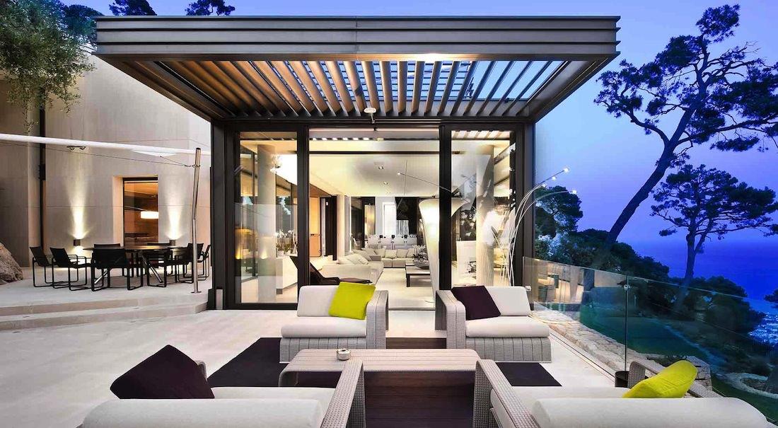 Bay view villa de luxe sur la c te d 39 azur for Villa luxe mer